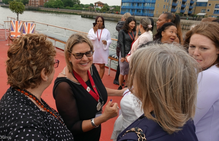 Women in Tobacco Thames Cruise